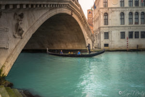 Cyril Mouty photography Venise gondole canal