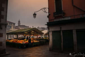 Cyril Mouty photography Venise market